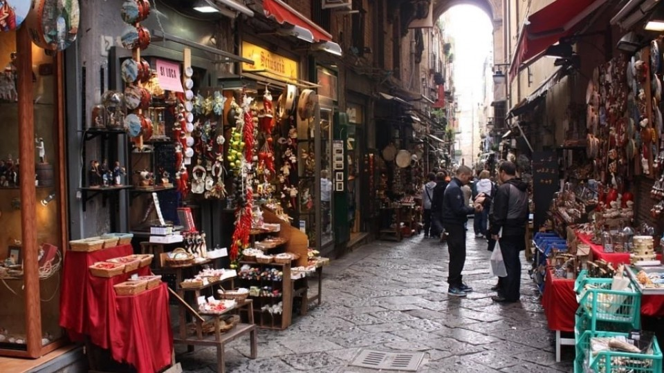 Post What to buy in Naples: typical souvenirs and italian brand