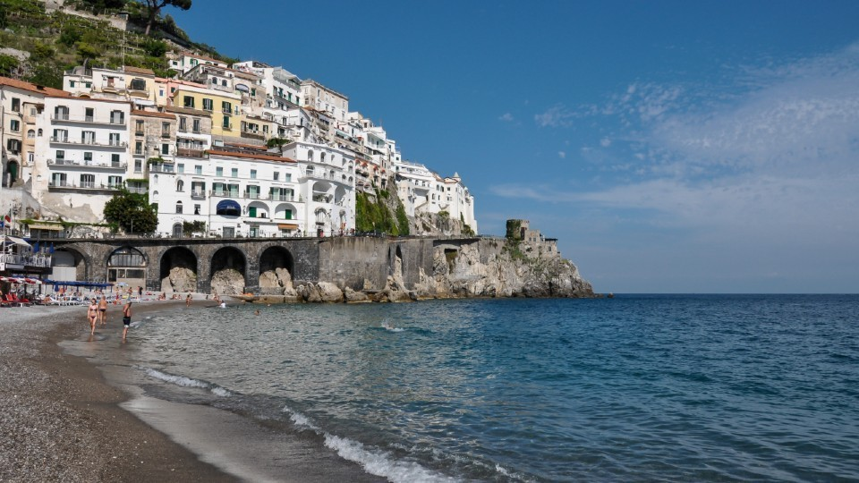 Post Social distancing in South Italy's beaches after Coronavirus